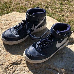 Size 9 Men's Blue Nike Air Tennis Shoes
